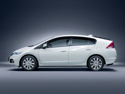 Honda Insight февраль 2009 - март 2014